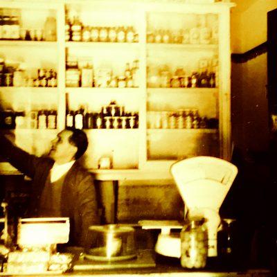 Bodzakert anno, a Máriaváros közkedvelt boltja volt...